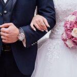 マッチングアプリと結婚相談所:婚活中の男性はどちらを選ぶべき?